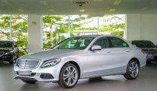 Cần bán gấp Mercedes C250 sản xuất năm 2017, màu bạc, nhập khẩu nguyên chiếc giá 1 tỷ 729 tr tại Tp.HCM