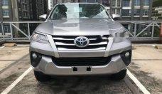 Bán xe Toyota Fortuner sản xuất 2018, màu bạc giá 1 tỷ 26 tr tại Tp.HCM