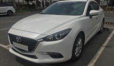 Bán xe Mazda 3 bản Facelift đời 2017 số tự động, màu trắng giá 656 triệu tại Tp.HCM