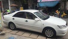Cần bán lại xe Toyota Camry sản xuất 2003, màu trắng như mới giá 300 triệu tại Tp.HCM