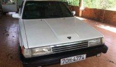 Bán ô tô Toyota Camry 1985, màu trắng, xe nhập giá 40 triệu tại Bình Dương