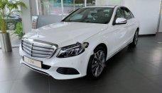 Cần bán xe Mercedes C250 năm 2018, màu trắng giá tốt giá 1 tỷ 729 tr tại Tp.HCM