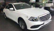 Bán xe Mercedes E200 đời 2018, màu trắng số tự động giá 2 tỷ 99 tr tại Tp.HCM