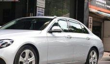 Showroom Sơn Tùng bán Mercedes E250 AMG đời 2016, màu bạc giá 2 tỷ 90 tr tại Hà Nội