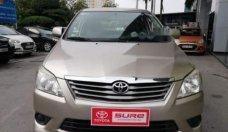 Bán Toyota Innova E năm sản xuất 2013, màu vàng số sàn, giá 535tr giá 535 triệu tại Hà Nội