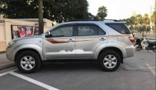 Chính chủ bán xe Toyota Fortuner G đời 2010, màu bạc giá 605 triệu tại Hà Nội