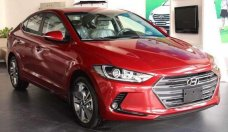Cần bán Hyundai Elantra đời 2018, màu đỏ, giá chỉ 560 triệu giá 560 triệu tại Tp.HCM