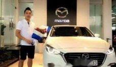 Bán xe Mazda 3 2.0 Facelift năm 2017, màu trắng chính chủ, giá 710tr giá 710 triệu tại Tp.HCM