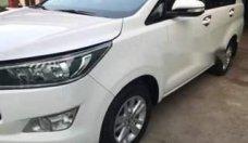Cần bán lại xe Toyota Innova đời 2017, màu trắng xe gia đình giá 685 triệu tại Tp.HCM