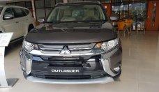 Mitsubishi Outlander 2019 giao ngay khuyến mãi tới 51 triệu tiền mặt. Gọi ngay nhận xe ngay giá 808 triệu tại Hà Nội