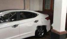 Bán Hyundai Elantra đời 2017, màu trắng chính chủ, giá tốt giá 510 triệu tại Quảng Trị