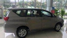 Cần bán Toyota Innova 2.0E năm sản xuất 2019, màu xám giá 726 triệu tại Hà Nội
