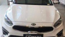 Cần bán Kia Cerato đời 2019, màu trắng, mới 100% giá 589 triệu tại Tp.HCM