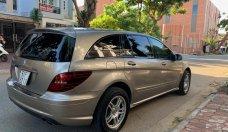 Merc R350, xe đẹp gia đình đang sử dụng chăm kĩ giá 590 triệu tại Tp.HCM