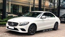 Cần bán gấp Mercedes C200 2019 màu trắng, chính chủ biển đẹp giá cực tốt giá 1 tỷ 435 tr tại Hà Nội