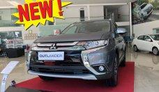 Cần bán xe Mitsubishi Outlander STD 2019, đủ màu - KM hấp dẫn chỉ 270tr nhận xe ngay vay NH đến 85% LH 0909076622 giá 808 triệu tại Tp.HCM