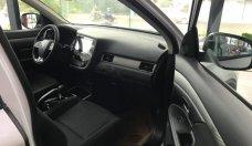 Bán ô tô Mitsubishi Outlander đời 2019, màu trắng giá 806 triệu tại Hà Nội