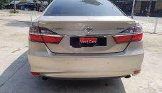 Bán ô tô Toyota Camry 2.0E đời 2016, giá tốt giá 840 triệu tại Tp.HCM