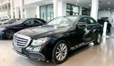 Bán xe Mercedes E200 đời 2019, màu đen giá 1 tỷ 800 tr tại Hà Nội