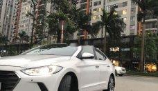 Bán Hyundai Elantra đời 2018, màu trắng, giá tốt giá 585 triệu tại Hà Nội