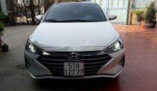 Cần bán lại xe Hyundai Elantra đời 2019, màu trắng giá cạnh tranh giá 520 triệu tại Tp.HCM