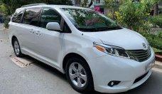 Cần bán gấp Toyota Sienna đời 2010, màu trắng, nhập khẩu nguyên chiếc giá 1 tỷ 288 tr tại Tp.HCM