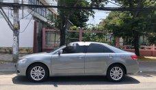 Cần bán gấp Toyota Camry sản xuất 2010, màu bạc chính chủ giá 558 triệu tại Tp.HCM