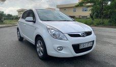 Cần bán Hyundai i20 năm 2011, màu trắng, xe nhập, xe gia đình giá 288 triệu tại Tp.HCM