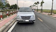 Bán ô tô Toyota Innova 2.0E đời 2016, màu bạc, chính chủ giá 415 triệu tại Hà Nội