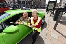 Chiếc Lamborghini Huracan trở thành taxi đầu tiên trên thế giới