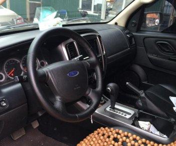 Tôi cần bán Ford Escape 2013