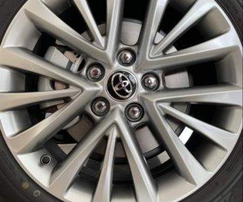 Bán xe Toyota Camry 2.5Q đời 2019, màu trắng