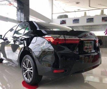 Cần bán Toyota Corolla altis 1.8G AT đời 2019, màu đen
