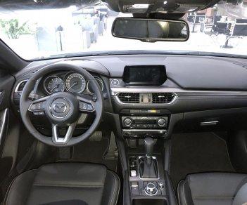 Bán Mazda 6 ưu đãi tốt - trả trước 270tr - gói BD 50.000km