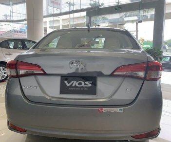 Bán xe Toyota Camry E AT sản xuất năm 2019, giá ưu đãi