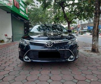Bán Toyota Camry đời 2018, màu đen xe nguyên bản