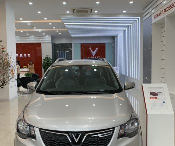 Bán ô tô VinFast Fadil 2020 màu bạc
