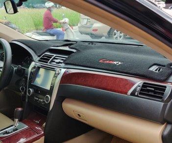 Xe Toyota Camry 2.0E đời 2014, màu đen, chính chủ, giá tốt
