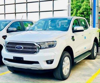 Mua xe Ford Ranger XLT Limited giảm tiền mặt và tặng nắp thùng, lót thùng..