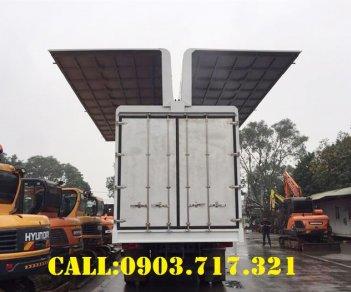 Bán xe tải DongFeng B180 thùng kín cánh dơi mới 2020 giá tốt
