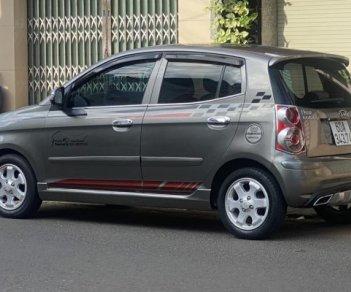 Cần bán xe gia đình sản xuất 2008 đăng ký lần đầu 2009