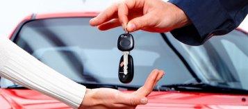Người khác hỏi mượn xe ô tô, ứng xử sao cho phải?