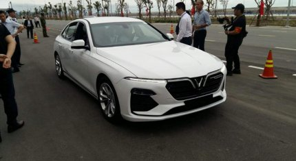 Hé lộ nội thất của sedan hạng sang VinFast Lux A2.0